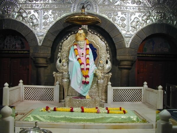 Pune to Shirdi Next Day Return Taxi Service