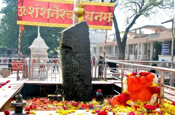 Mumbai to Shirdi Next Day Return Taxi via Shani Shingnapur