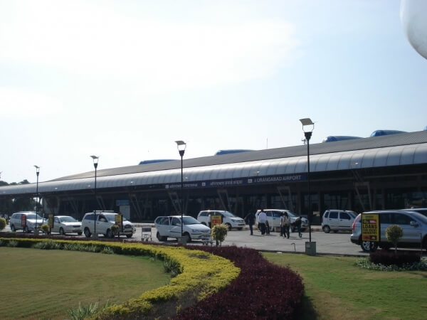 Aurangabad Airport to Shirdi Taxi with Aurangabad Sightseeing